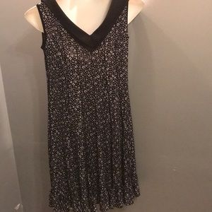 Dresses - Nice floral casual dress